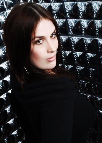 Rhianna-Headshot Surprise twist: Rhianna Pratchett is the lead writer for Tomb Raider