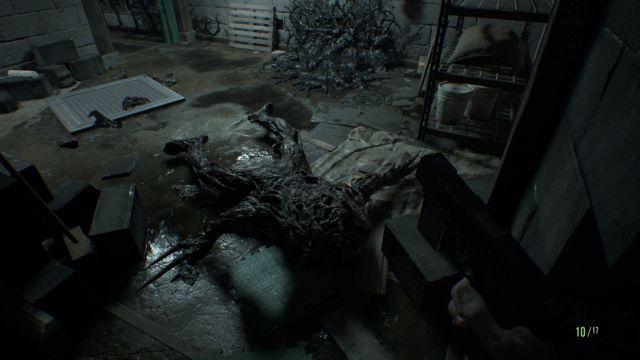 Resident-Evil-7-4-640x360 Resident Evil 7 biohazard Review