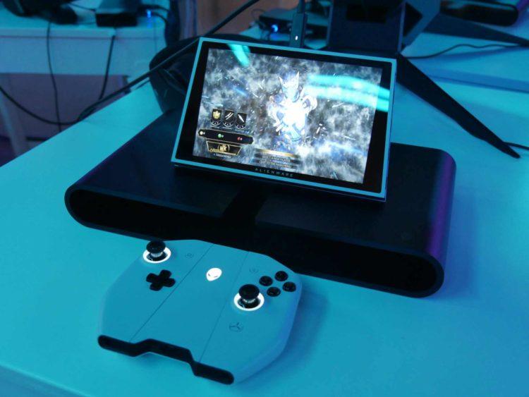 Alienware Concept Ufo Dock