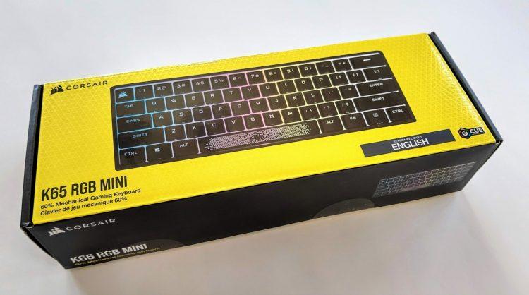 Обзорная коробка Corsair K65 RGB Mini