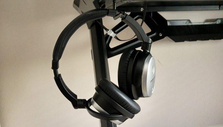Anda Seat Headphone Hook