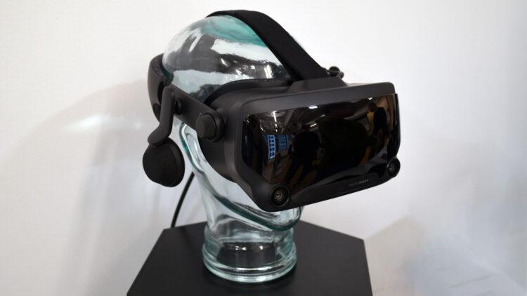 Valve VR headset preview